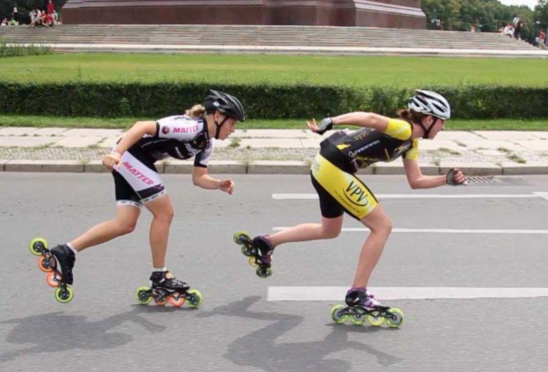 Flurina vor Sabine Berg beim XRace 2011 - Quelle: Skate-TV