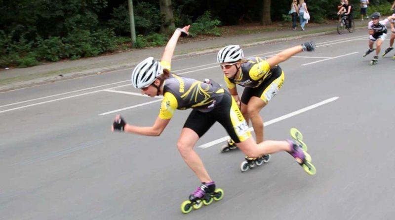 Flurina und Katja im Zielsprint beim XRace 2011 - Quelle: Skate-TV