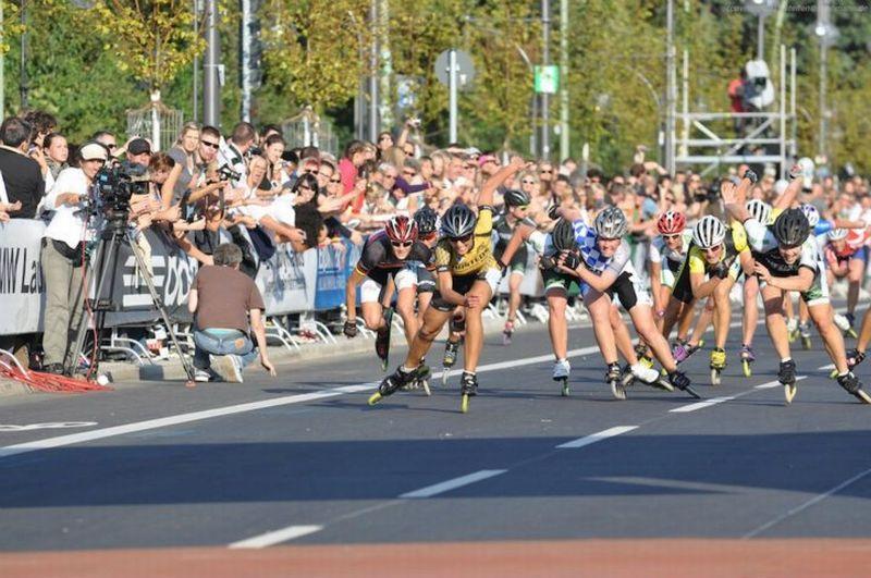 Zielsprint beim Berlin Marathon 2011 - In der Mitte Katja